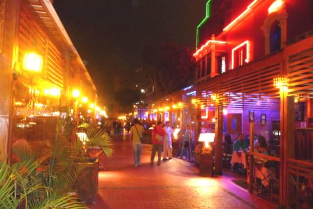 Vida-Nocturna-en-Lima